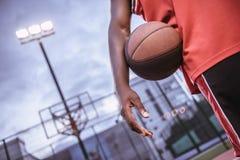 Afro amerykanina gracz koszykówki Obrazy Royalty Free