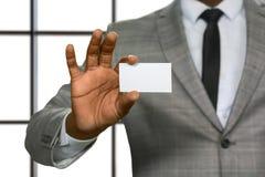 Afro biznesmena mienia wizyty karta Zdjęcie Stock