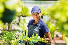 Afro het Amerikaanse tuinieren royalty-vrije stock foto's