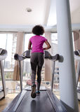 Afro kobiety amerykański bieg na karuzeli Zdjęcia Royalty Free