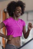 Afro kobiety amerykański bieg na karuzeli Obraz Stock