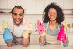 Afro pary amerykański cleaning Zdjęcia Stock