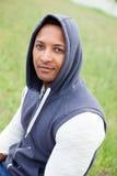 Afroamerican парень на парке стоковые фотографии rf