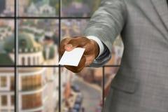 Afroamerican biznesmen daje wizyty karcie Obraz Royalty Free