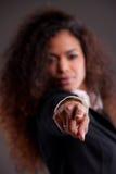 Afroamerican dziewczyna wskazuje out jej palec ty Obrazy Royalty Free