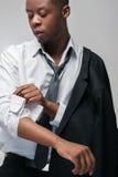 Afroamerican facet w drogim galanteryjnym czarnym kostiumu Obraz Royalty Free