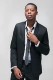 Afroamerican moda modela mężczyzna w galanteryjnym kostiumu Obraz Royalty Free