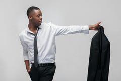 Afroamerican poruszający i mężczyzna rezygnujemy pracę naprzód Obrazy Stock
