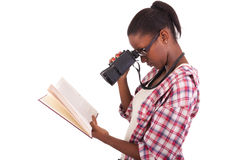 Afroamericano de los jóvenes del estudiante universitario Fotos de archivo