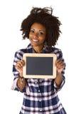 Afroamericano femenino con la pizarra en blanco Imágenes de archivo libres de regalías