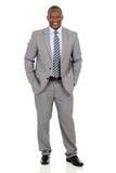 Afroamerikaner-Geschäftsmann Standing Stockbilder