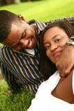 Afroamerikaner-Paare Relaxi Stockfoto