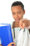 Afroamerikanerdoktorkrankenschwester-Buchstethoskop Stockfotos