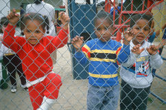 afroamerykańscy preschoolers w boisku Zdjęcia Stock