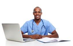 Afroamerykanin lekarki mężczyzna Zdjęcia Royalty Free
