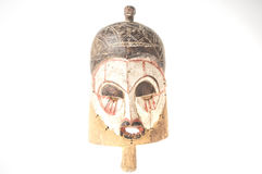 Afrykańska drewniana maska odizolowywająca na białym tle Zdjęcia Stock