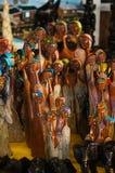 Afrykańska plemienna sztuka dla sprzedaży przy targowym kramem Obrazy Stock