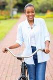 Afrykański kobieta rower fotografia stock