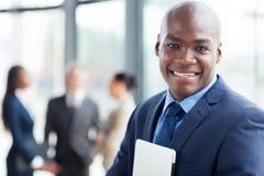 Afrykański korporacyjny pracownik zdjęcie stock