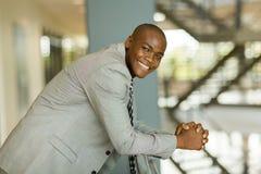 Afrykański męski korporacyjny pracownik Zdjęcie Stock