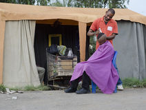 Afrykański Ostrzyżenia Fryzjer męski Biznes Obrazy Royalty Free
