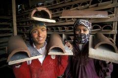 AFRYKA EGIPT KAIR pracownika garncarstwa ludzie Zdjęcia Stock