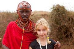 AFRYKA, KENJA, MASAI MARA, LIPIEC - 2: Męski plemienny członek jest ubranym t Fotografia Royalty Free