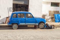 Afryka, Maroko, Tanger, miasto, miastowy widok, zaludnia, samochód 2013 Obraz Stock