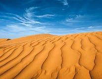 Afryka Pólnocna, piaskowaci barkhans Obrazy Stock