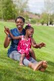 afrykańska córka jej matka Fotografia Royalty Free