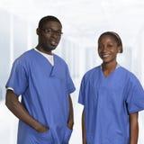 Afrykanin lekarki w błękit sukni portrecie Fotografia Stock