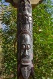 Afrykanin maskuje drewniane totem rzeźby Zdjęcia Stock