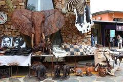 Afrykanina rynek - pamiątki przy Hartebeertspoort tamą, Południowa Afryka Zdjęcia Royalty Free