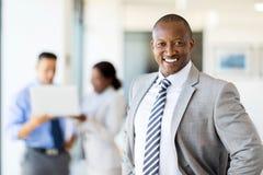 Afrykański korporacyjny pracownik ja Fotografia Royalty Free