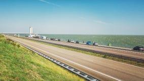 Afsluitdijk是三十二公里长连接 免版税库存照片