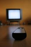 Afstandsbediening en TV royalty-vrije stock fotografie