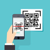 Aftastenqr code aan Mobiele Telefoon Elektronisch aftasten, digitale technolo Stock Afbeeldingen