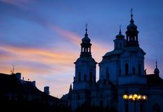 Afton i den Prague staden Royaltyfri Bild