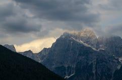 Afton i Julian Alps, Mangart, Predil passerande, Slovenien, Triglav nationalpark, Europa arkivfoto