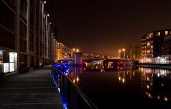 Afton på den Milwaukee floden Arkivbilder