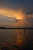Afton på den Patong stranden Royaltyfri Fotografi