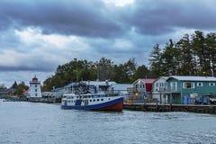 Afton på en Lake Huron hamn - Ontario, Kanada Royaltyfria Bilder