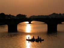 Afton på floden Royaltyfria Foton