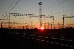 Afton på järnvägsstationen Royaltyfri Foto