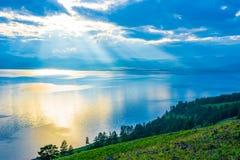 Afton på sjön Hovsgol, nordlig höjdpunkt Royaltyfria Foton