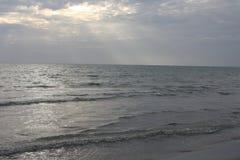 Afton vid havet Arkivbilder