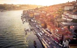 Aftonlynne i Porto, Portugal arkivfoto