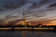 Aftonmålarfärg av St Petersburg royaltyfri foto