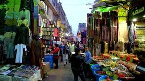 Aftonmarknad i gammal Kairo arkivfilmer