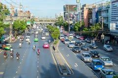 Aftonrusningstid i den Bangkok mitten, Thailand Royaltyfri Foto